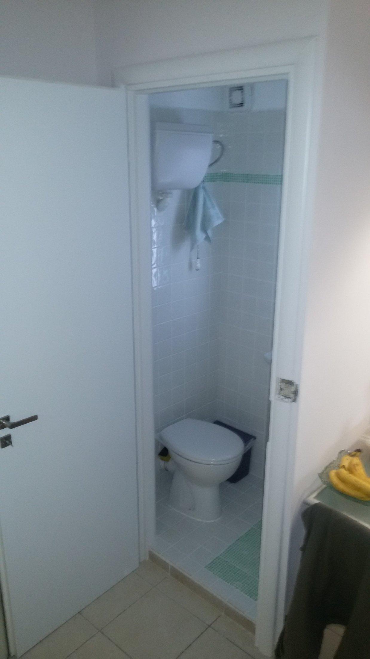 WC εσωτερικά 2