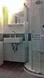 Ανακαίνιση μπάνιου μετά 05